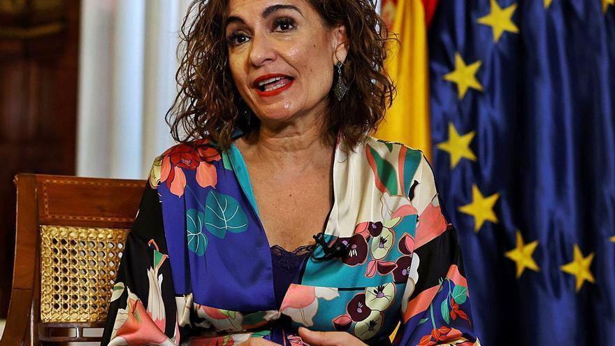 Montero fija noviembre como nuevo plazo para avanzar en financiación