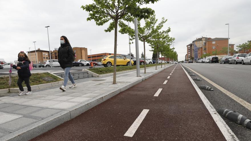 La oposición apoya el carril bici de Lugones a falta de conocer el plan en detalle