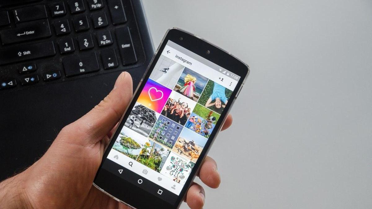 Instagram prioritza les fotos amb poca roba