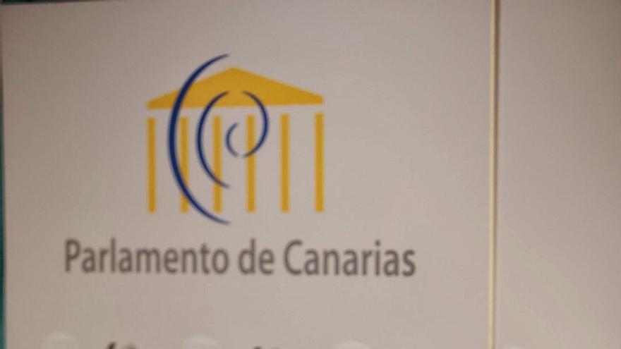 Carolina Darias rinde visita a Tenerife