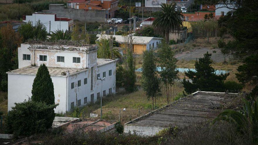 La Laguna insta a Defensa a ajustar su actuación a la legalidad urbanística en Las Canteras y Las Raíces