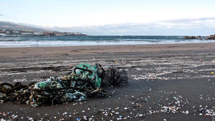 Un nuevo gran reto: La eliminación de los microplásticos