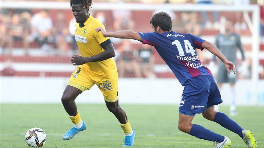 Debacle del Hércules en Alzira y primera derrota en liga (4-0)