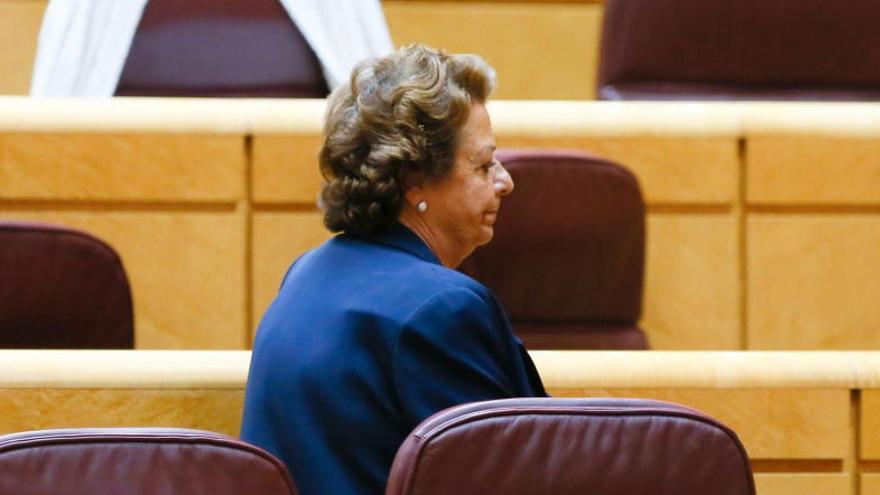 Vota: ¿Debe dimitir Rita Barberá como senadora?