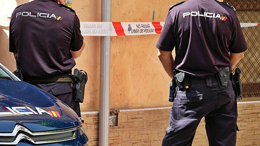 La Policía realiza cinco detenciones en Elda y Petrer y se incauta de medio kilo de cocaína