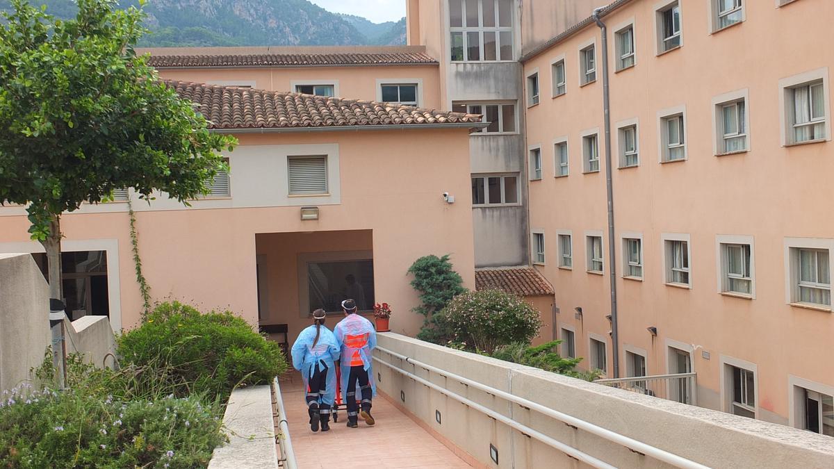 La residencia de ancianos de Sóller suma ya 107 positivos por coronavirus