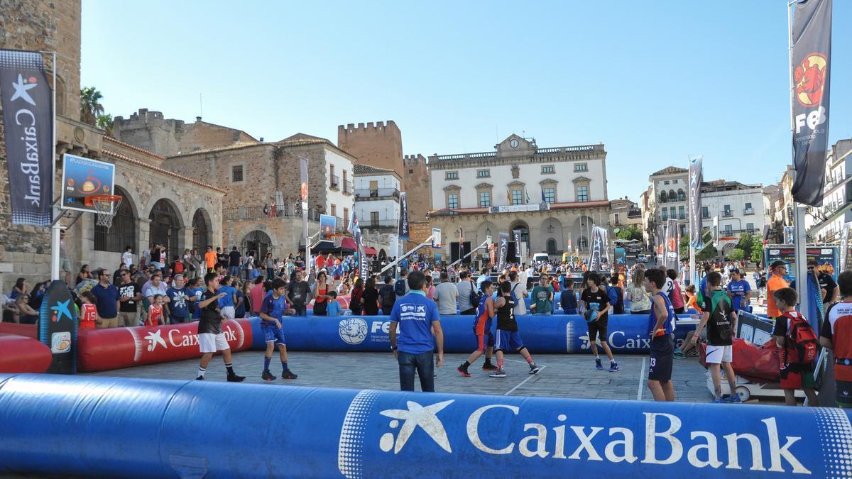 El circuito Plaza 3x3 CaixaBank regresa este domingo a València