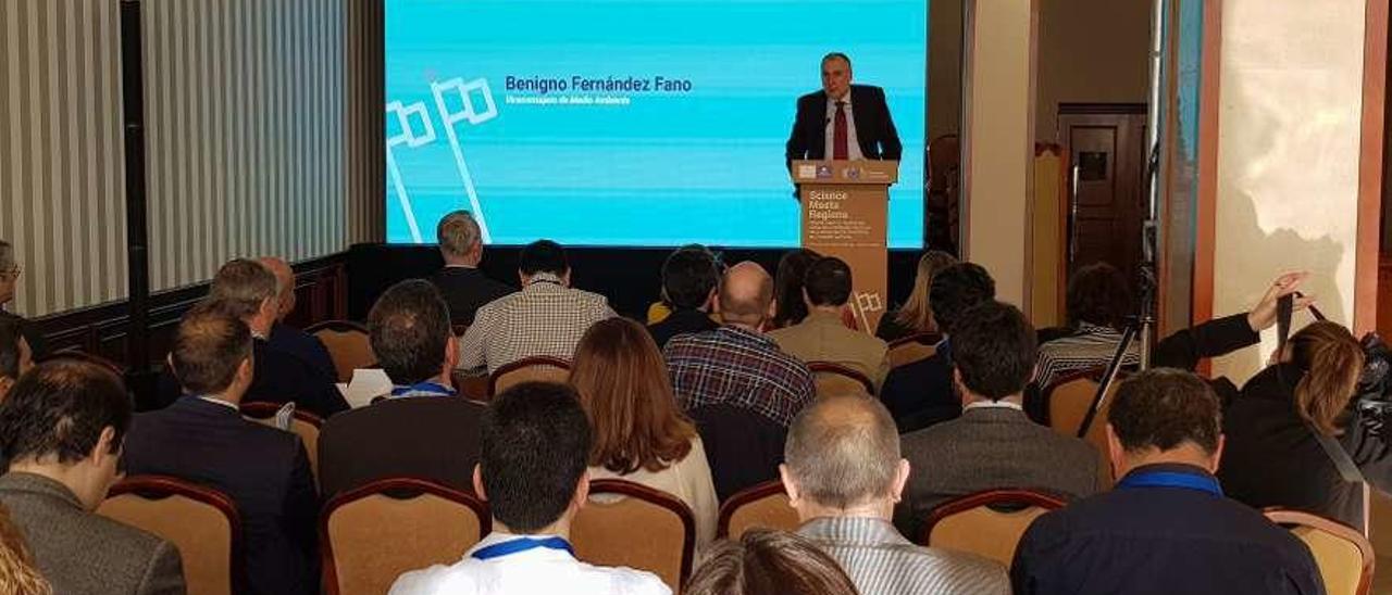 """Benigno Fernández Fano, ayer, durante su intervención en el """"Science Meets Regions"""" de Covadonga."""