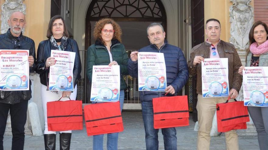 CCOO entrega 5.210 firmas a la Junta para la recuperación del hospital Los Morales