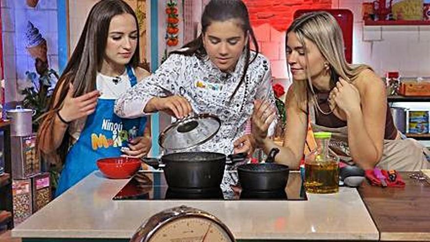 «Manduka» torna al Super3 amb les tiktokers Lídia Rauet i Andrea Mengual