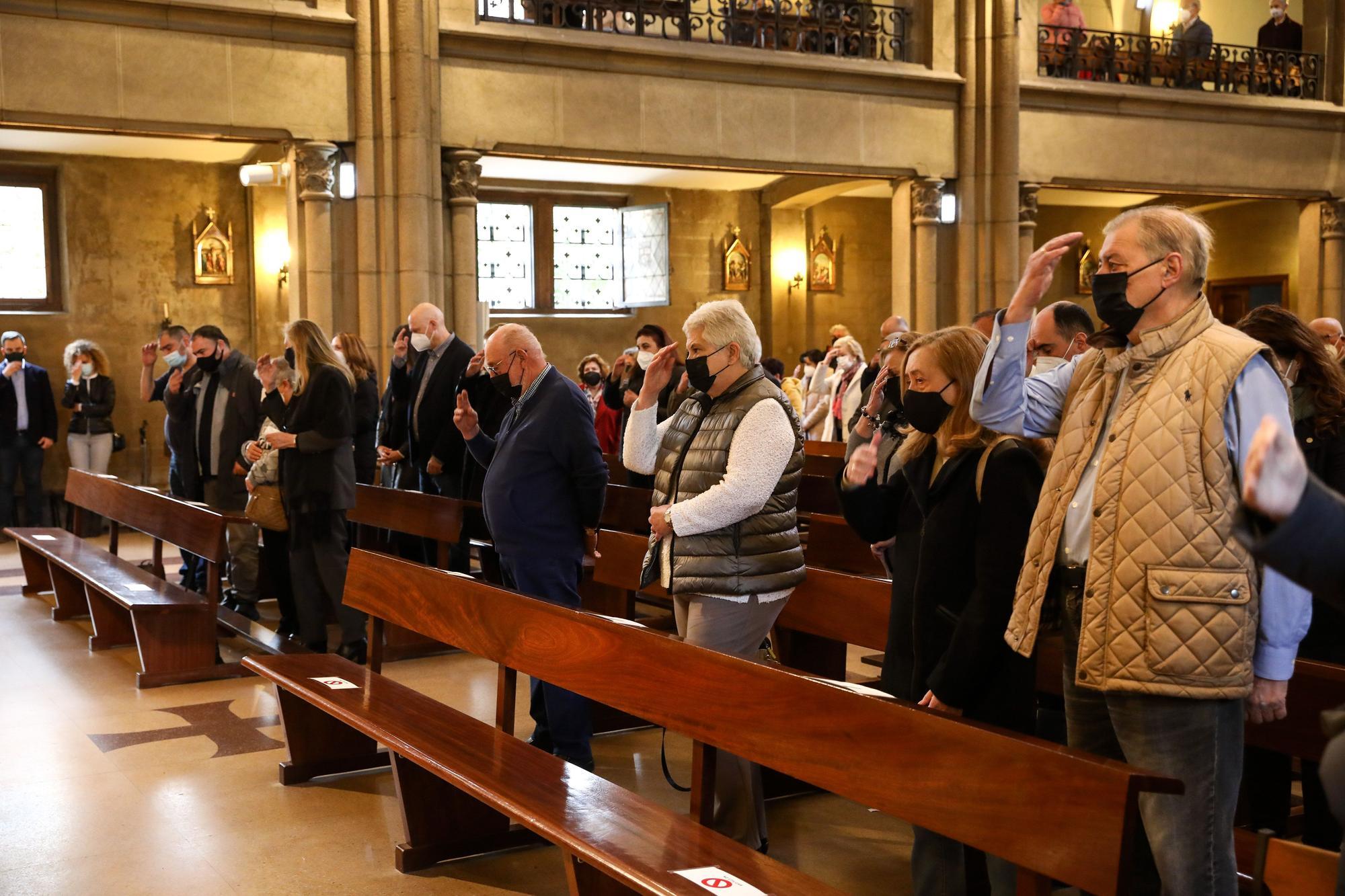 Funeral en Gijón por Isidoro Cortina