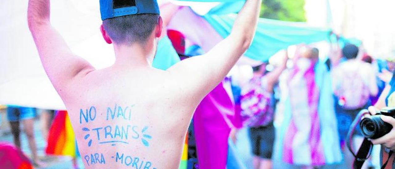 Manifestación del Orgullo LGTBI+ en Valencia, el 29 de junio de 2019, la última que se organizó antes de que la pandemia cancelara las concentraciones.   ESTRELLA JOVER