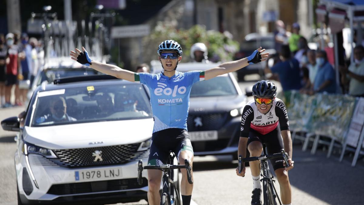 Landaluce entra vencedor en la etapa de hoy junto a Eugenio Sánchez