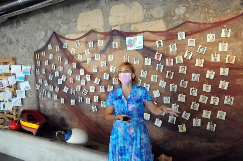 Exposición sobre la historia de la cementera de Santa Águeda