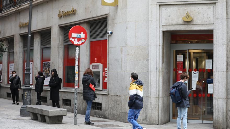 El Santander cierra su ERE con 3.572 salidas voluntarias