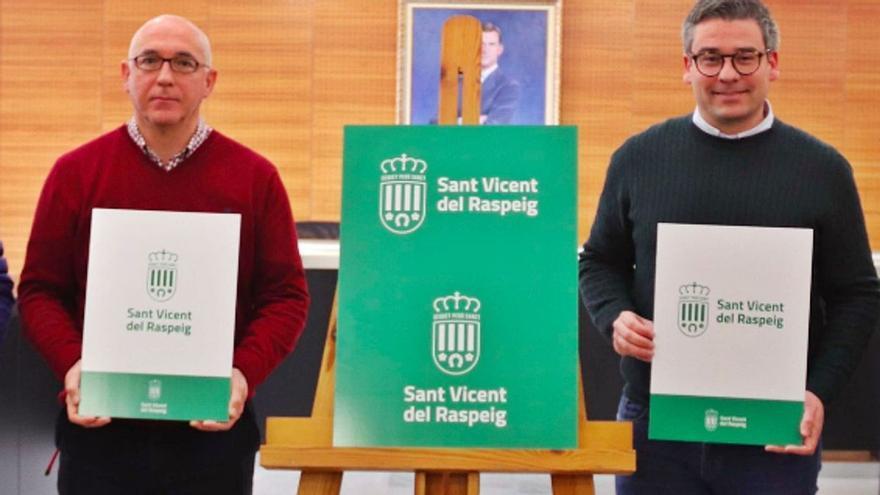 El PSOE de San Vicente encarga una investigación interna contra el alcalde y la exedil de Sanidad