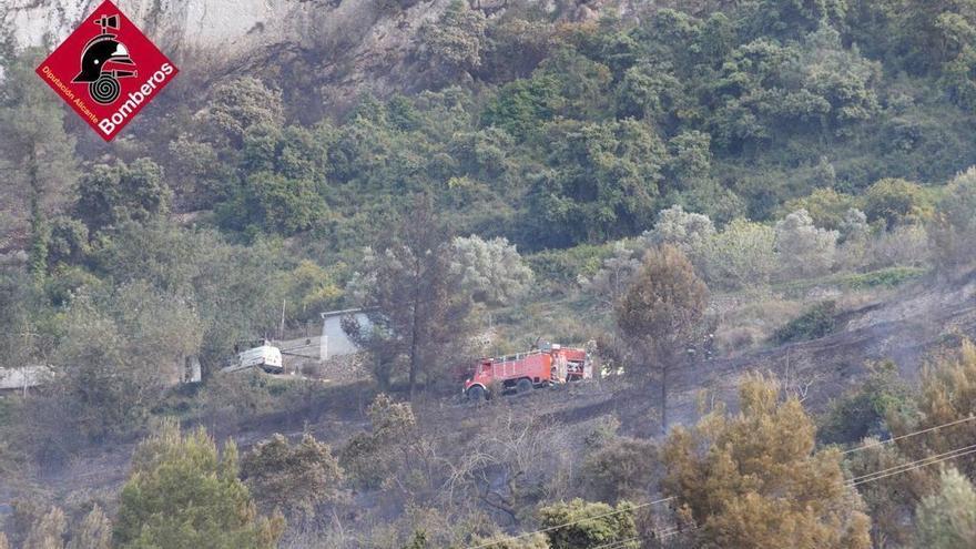 Controlado el incendio de Alcalalí