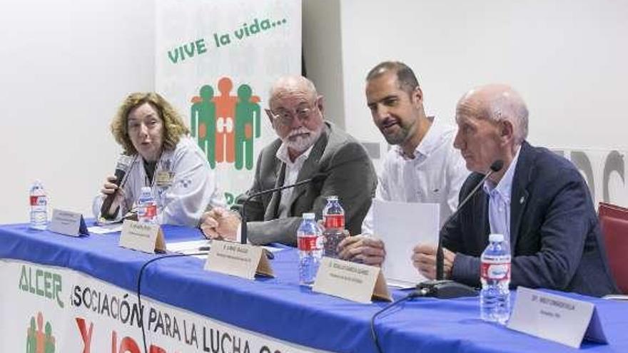 Apoyo tecnológico al discapacitado visual y aniversario de los pacientes renales
