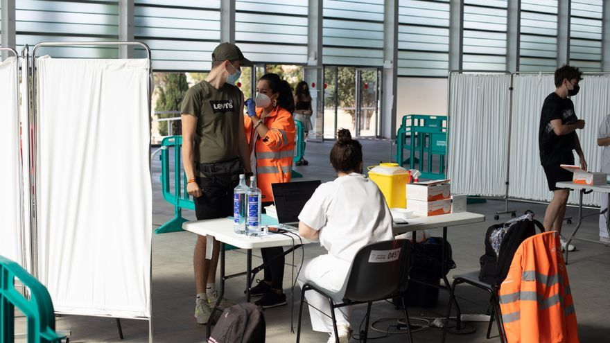 Los efectos secundarios de la vacuna del coronavirus afectan más a los jóvenes de Zamora