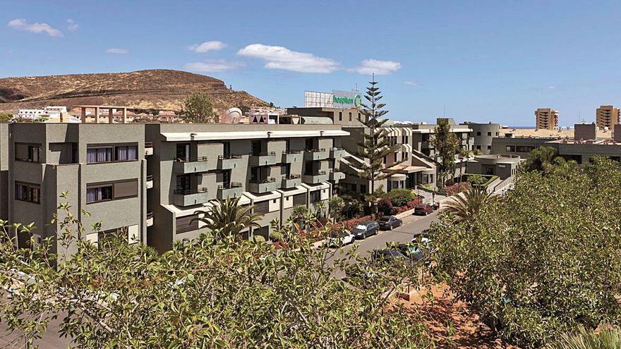 Los centros Hospiten Tenerife reciben la acreditación de universitarios