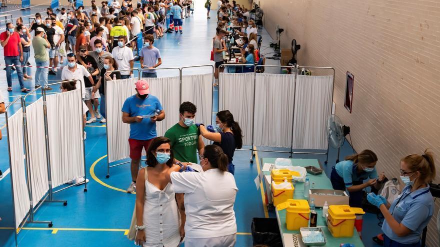 Las muertes por coronavirus alcanzan su mayor cifra en dos meses: 130