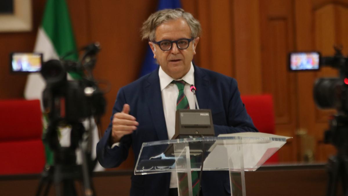 Salvador Fuentes, durante la rueda de prensa.