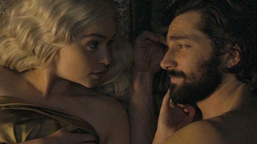 Emilia Clarke defiende el sexo y los desnudos en 'Juego de Tronos'