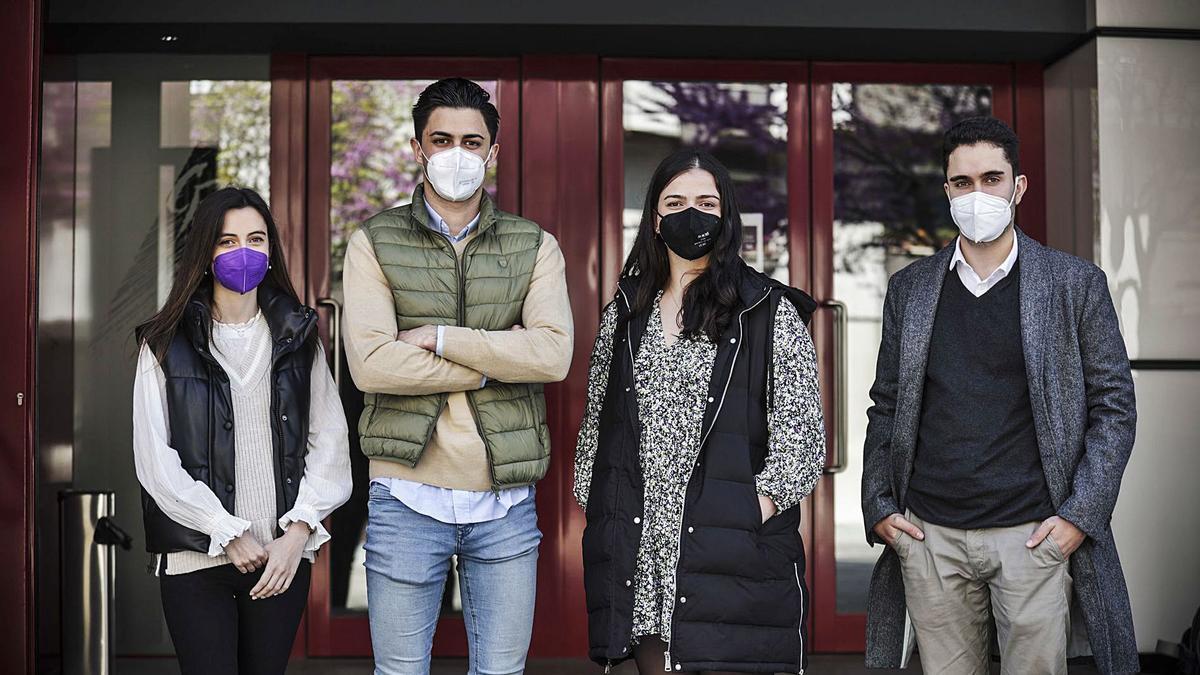 D'esquierda a derecha, Marina Novoa Gómez, Javier Braña Cabal, Aleida González Cuervo y Jaime García Fernández. | Irma Collín