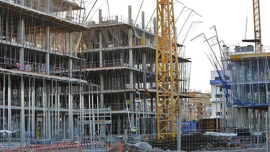 Industria y construcción contrarrestan el impacto laboral del coronavirus