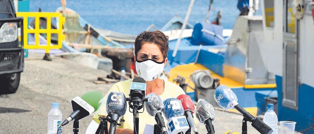 Onalia Bueno durante la rueda de prensa que ofreció el pasado viernes en el muelle de Arguineguín.