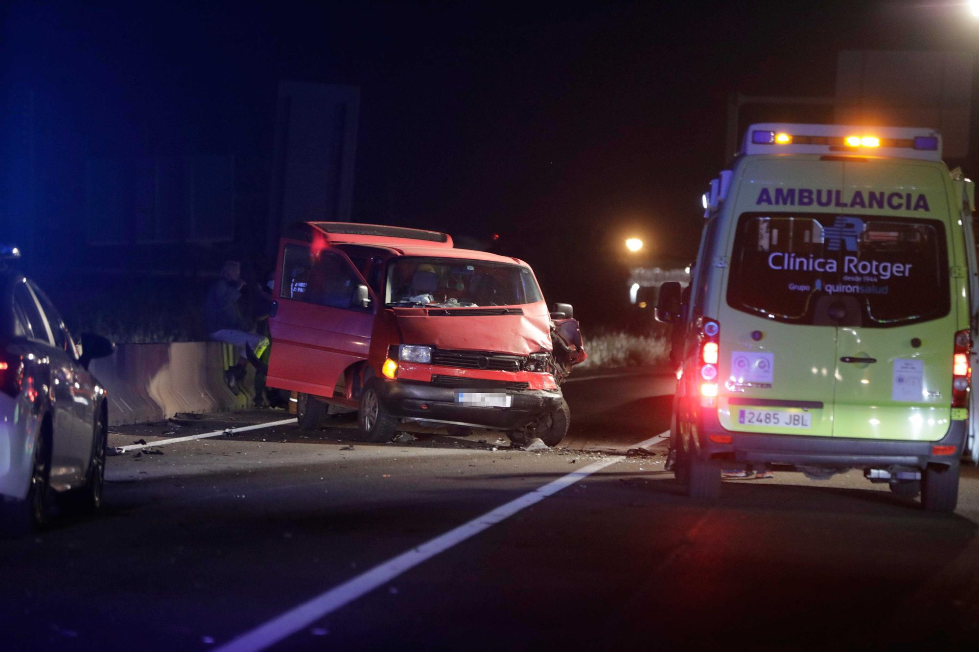 Mueren dos motoristas en un accidente de tráfico en Palma