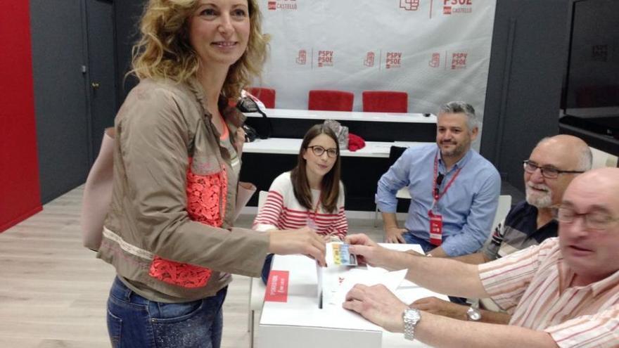 Sánchez dobla en número de votos a Díaz en Castellón