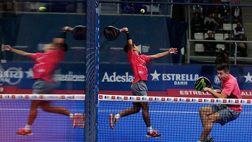 Tello y Chingotto desafían a Paquito y Lebrón en semifinales