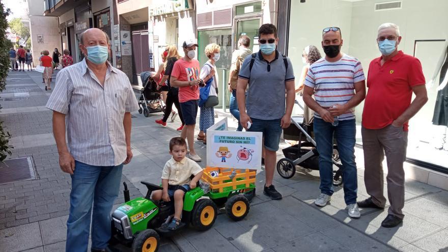 Ganaderos de vacuno denuncian la ruina del sector por el bajo precio de la leche