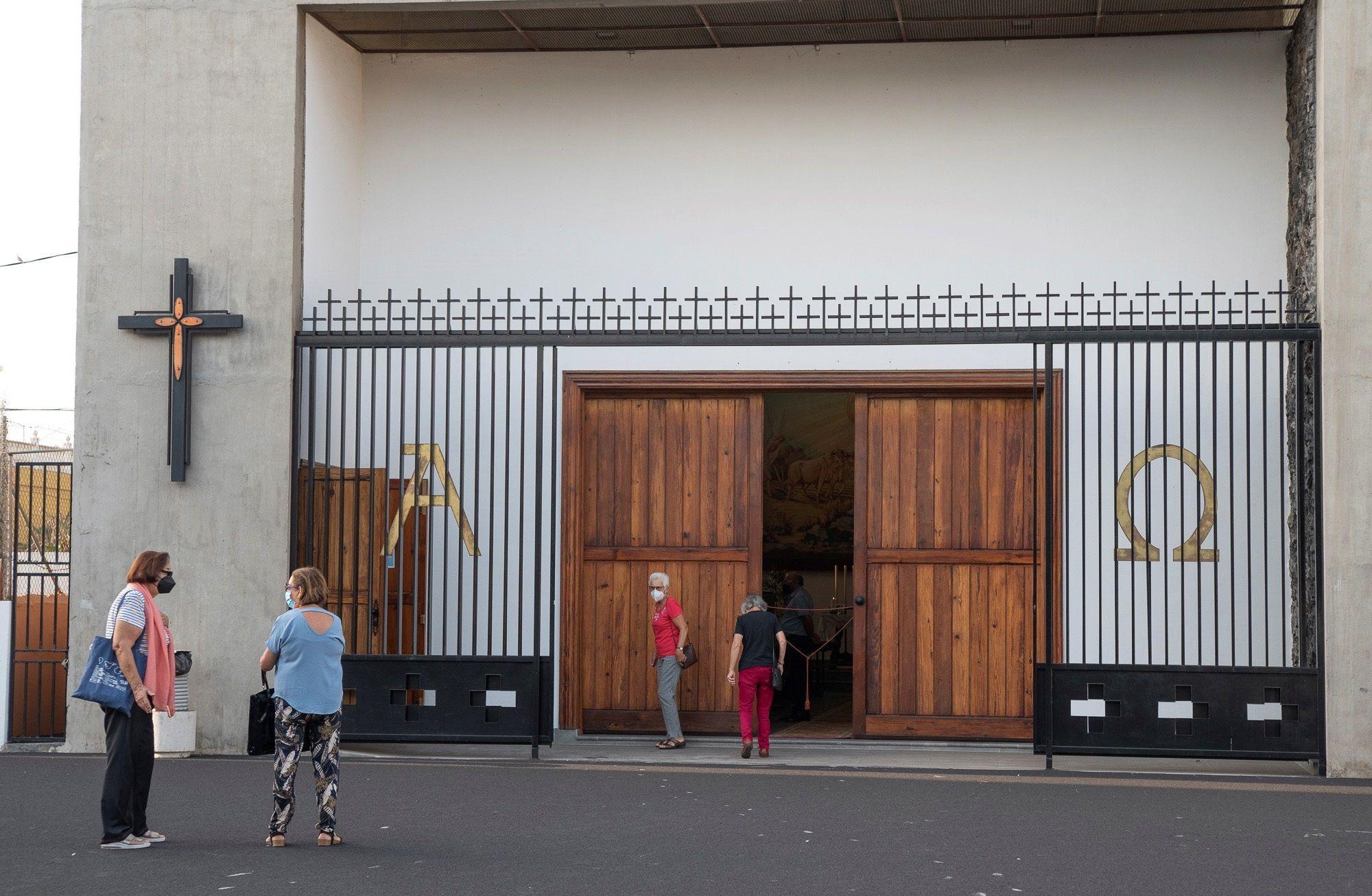 El calvario de los templos parroquiales de La Palma