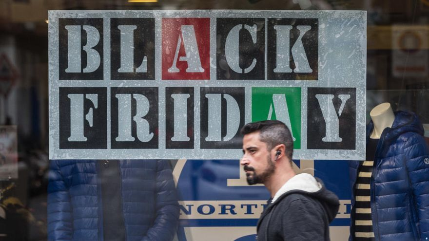 """La contratación crecerá un 5,5% en Alicante por el """"Black Friday"""" y el """"Cyber Monday"""""""