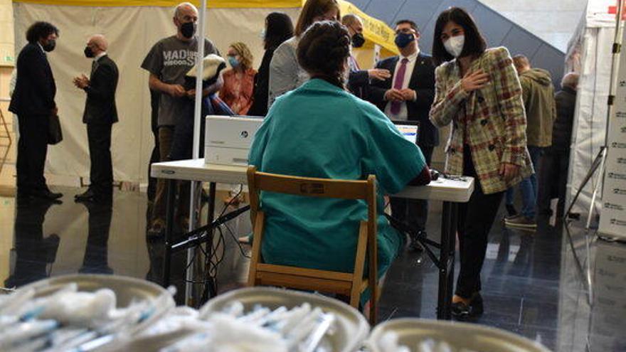L'Estat bat el rècord de distribució de vacunes amb 2 milions de dosis