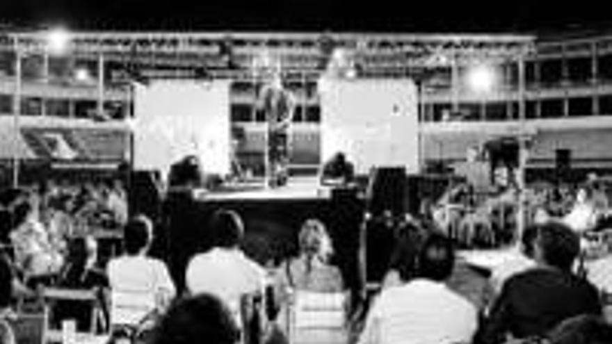 La gala de moda recaudó 2.000 euros para Lorca
