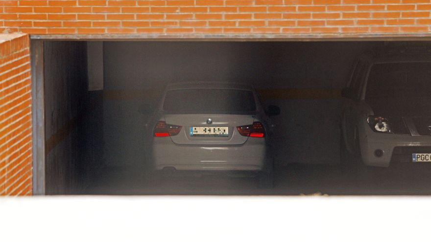 La Guardia Civil inspecciona el coche del presunto asesino de Florina Gogos