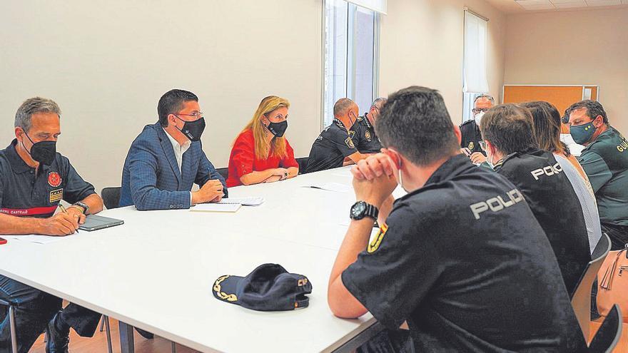 Castelló despliega 80 efectivos de seguridad para proteger la playa en Sant Joan