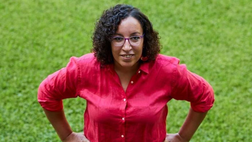 La escritora marroquí Najat El Hachmi.