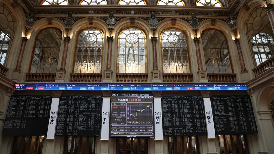 El Ibex 35 cierra la primera jornada de octubre con un alza del 0,04%