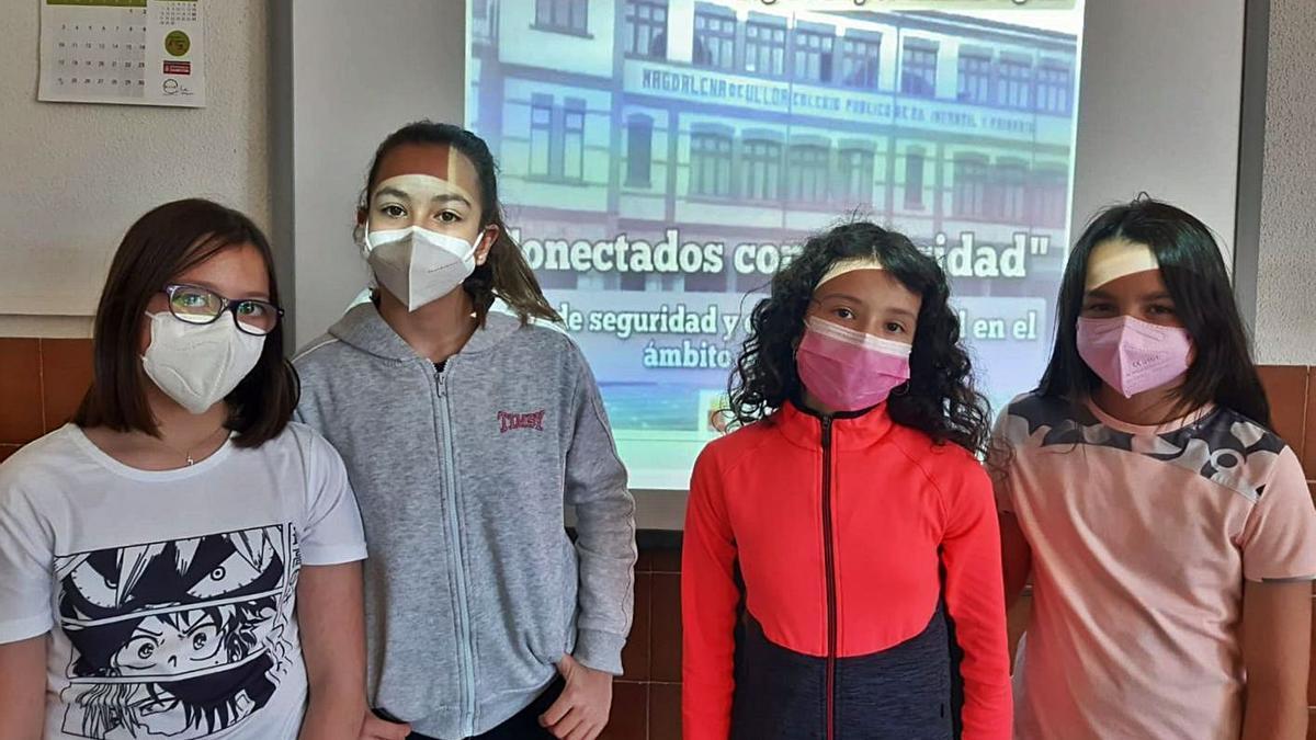 Alumnas del colegio Magdalena Ulloa que han creado y grabado el vídeo ganador del concurso. | Cedida