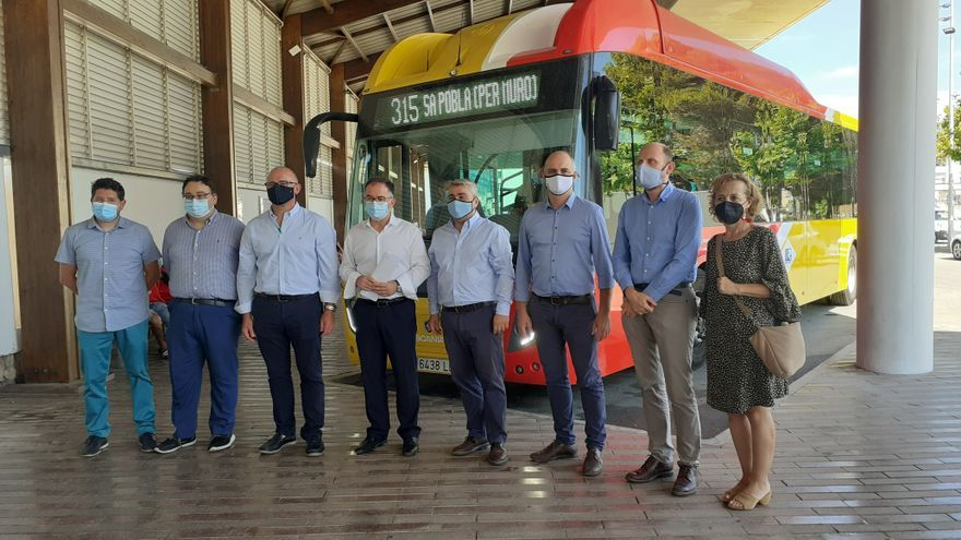 Entra en servicio una nueva línea de bus destinada a los trabajadores de la hostelería