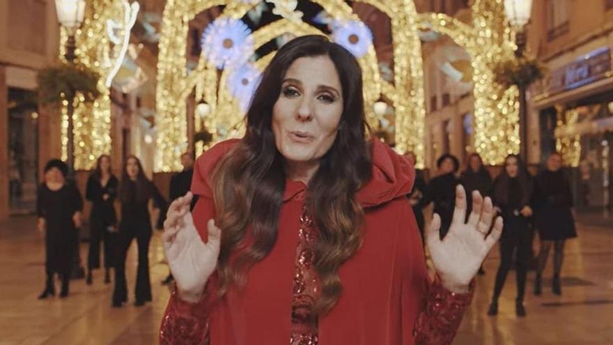 Diana Navarro compone un villancico y protagoniza un vídeo navideño en Málaga