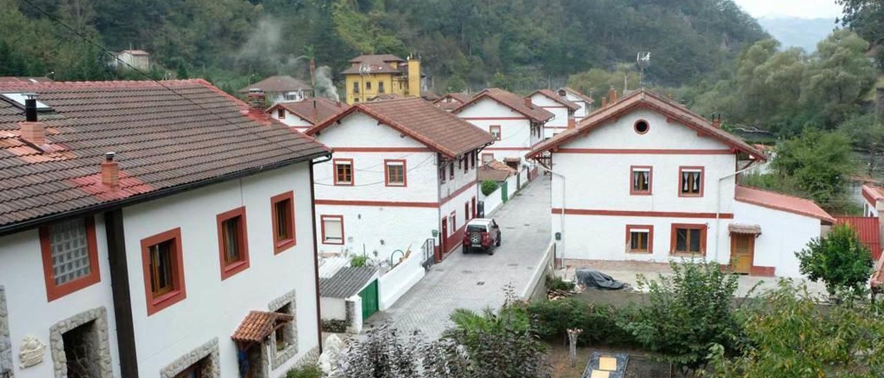 El poblado minero de Bustiello.