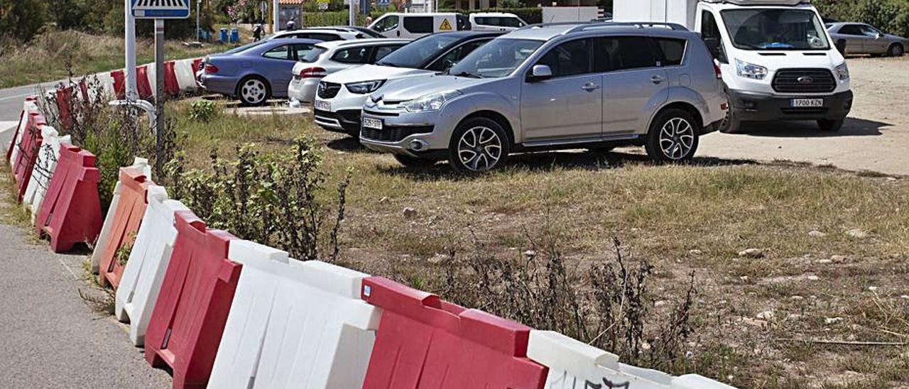 Vista del aparcamiento sur de Almardà. | TORTAJADA