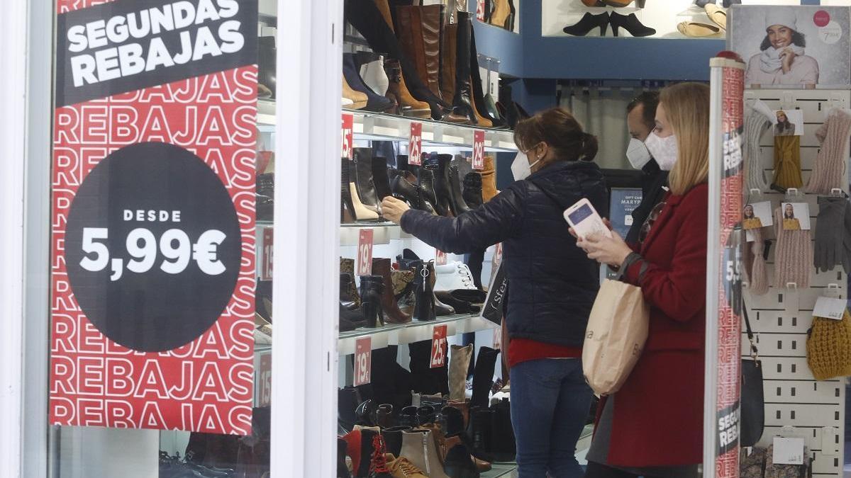 Los empresarios andaluces piden medidas de más calado para inyectar liquidez