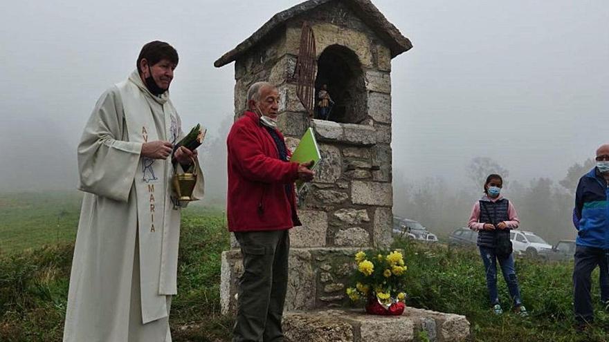 Veïns i particulars recuperen un oratori a Freixenet, a Camprodon