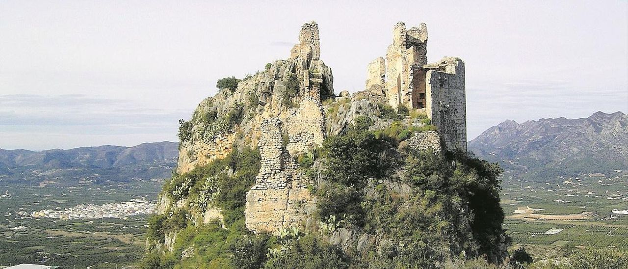 """El Castell de la Reina Mora de Benifairó entra en la """"lista roja"""" del patrimonio histórico"""